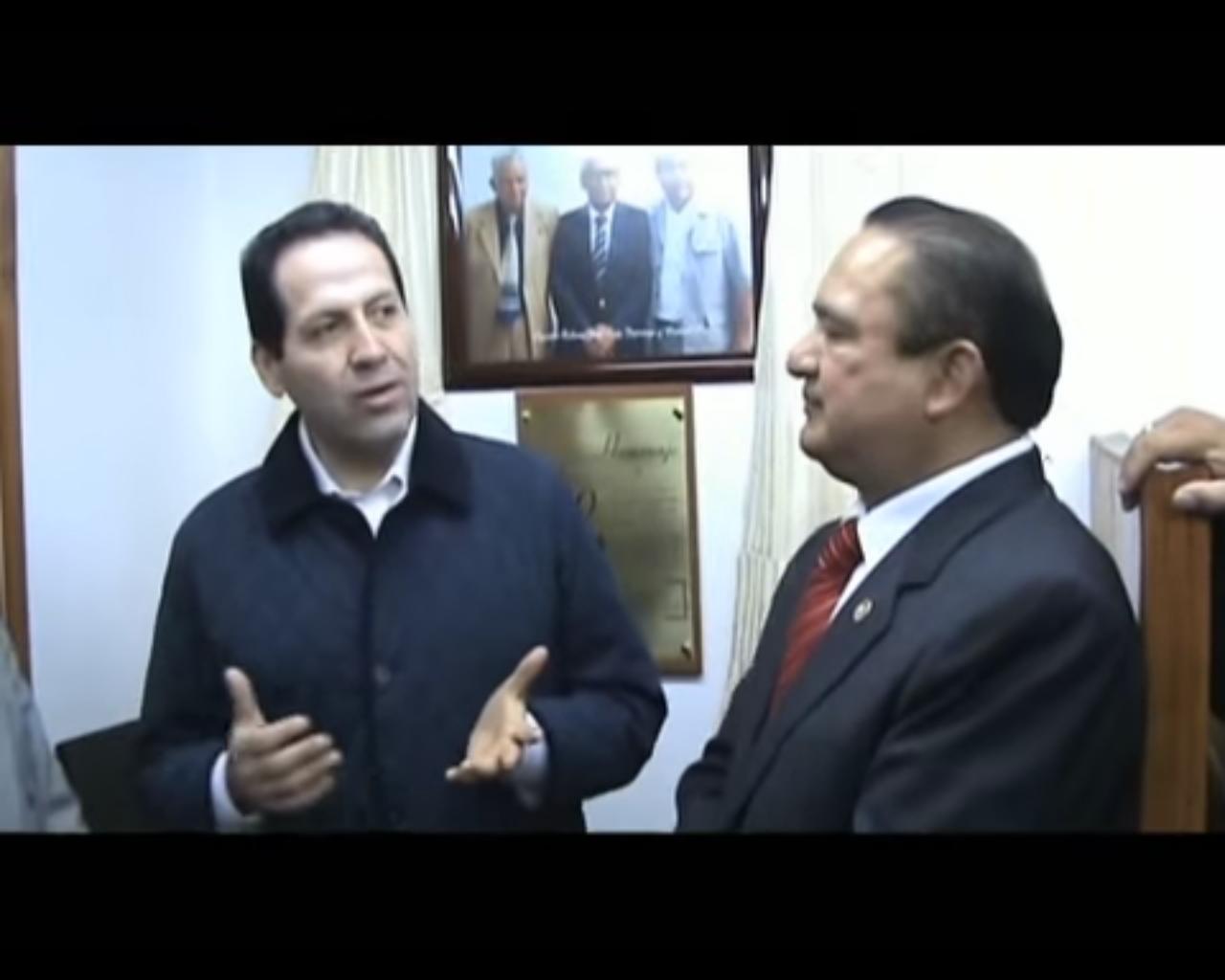 PRESENCIA DE ERUVIEL EL LAS OFICINAS DE EL MEXIQUENSE