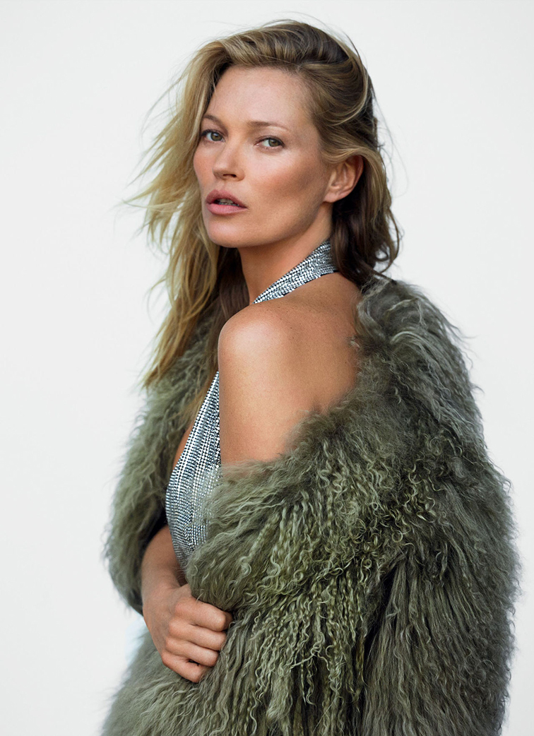 Kate Moss for Vogue UK December 2014 photographed by Mario Testino styled by Lucinda Chambers. green furjpg