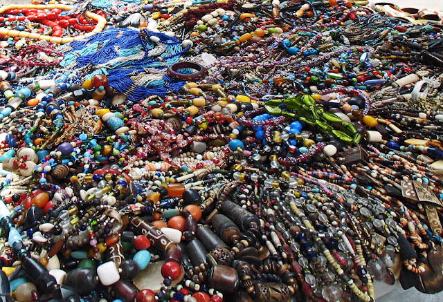 costume jewelry necklaces for sale