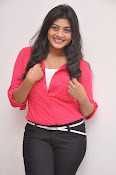 Sowmya Glamorous photos at Galata Audio-thumbnail-5
