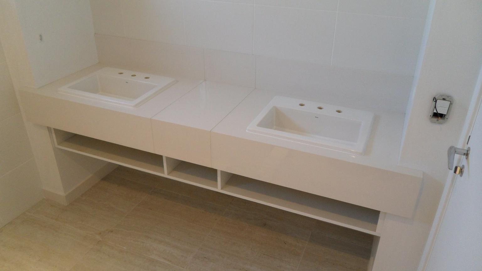 Bancada cuba dupla em porcelanato #604E37 1536x864 Bancada Banheiro Duas Cubas