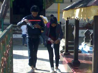 Air Zam-Zam Makam Sunan Gunung Jati Cirebon