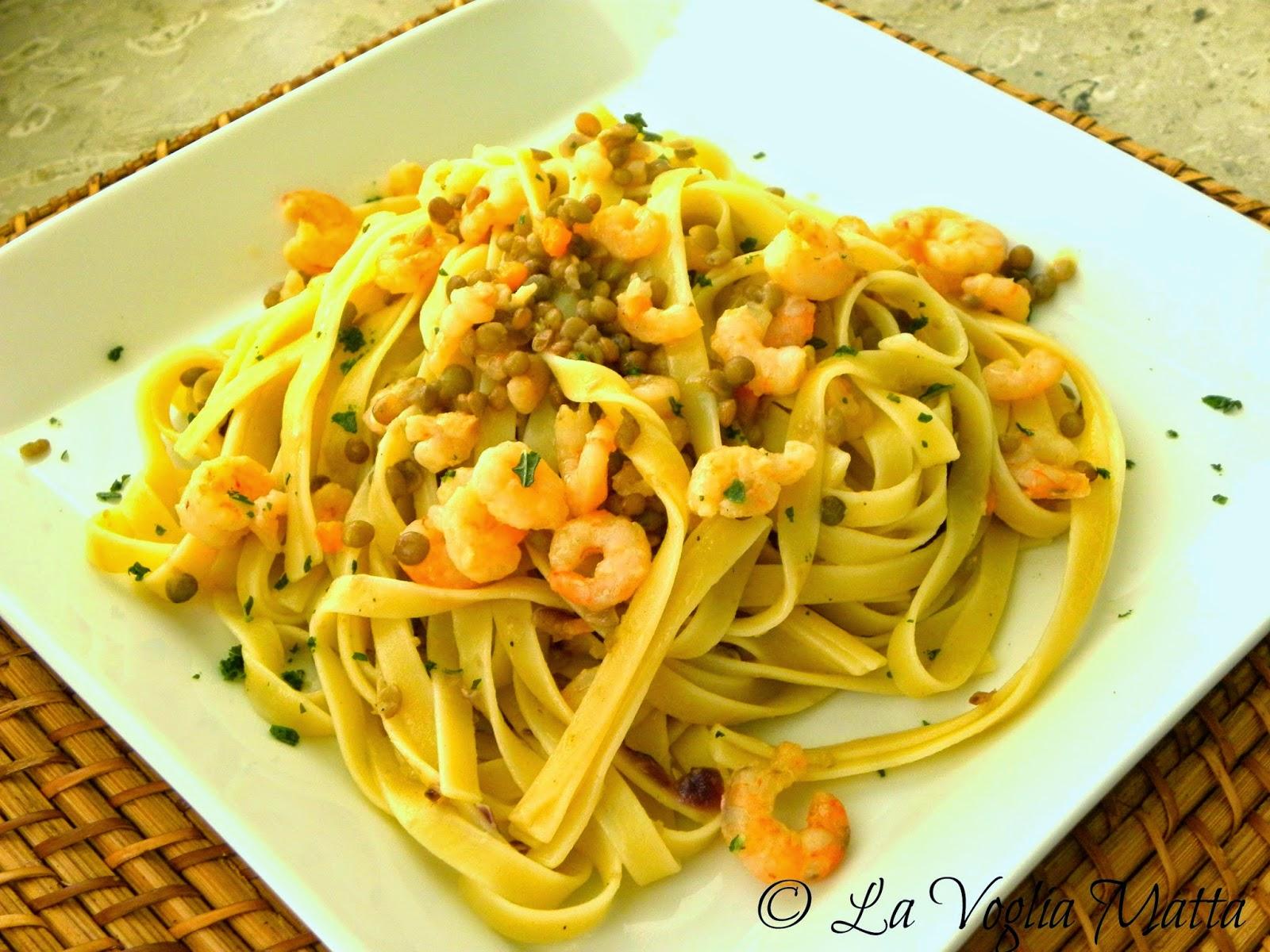 Fettuccelle con lenticchie di Castelluccio e gamberetti