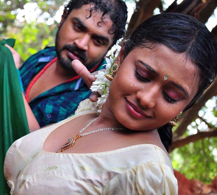 Kamapisachi Indian Actors Don't Care Clothes
