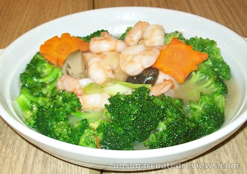 shrimp and broccoli at Mongkok Dimsum & Noodles
