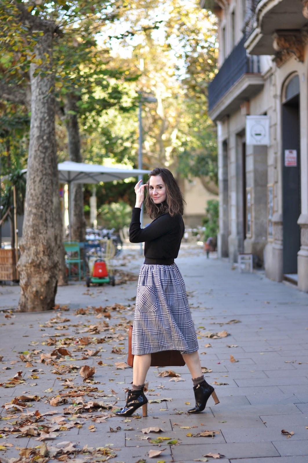 Houndstooth Midi Skirt