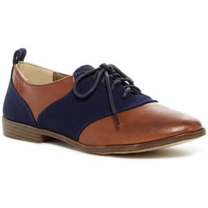 Nordstrom Restricted's Betsy Two-tone oxford
