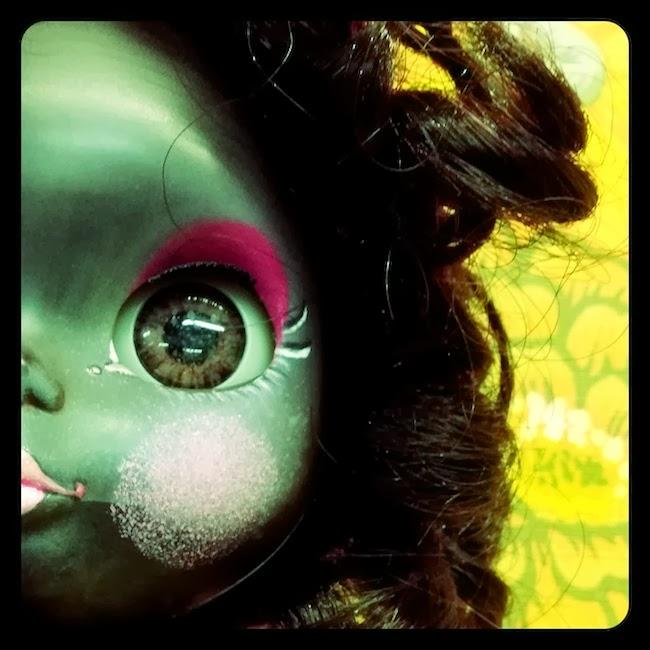 Geek Goes Vintage Blythe doll