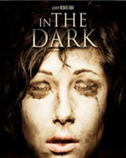 Download - In the Dark - Legendado (2013)