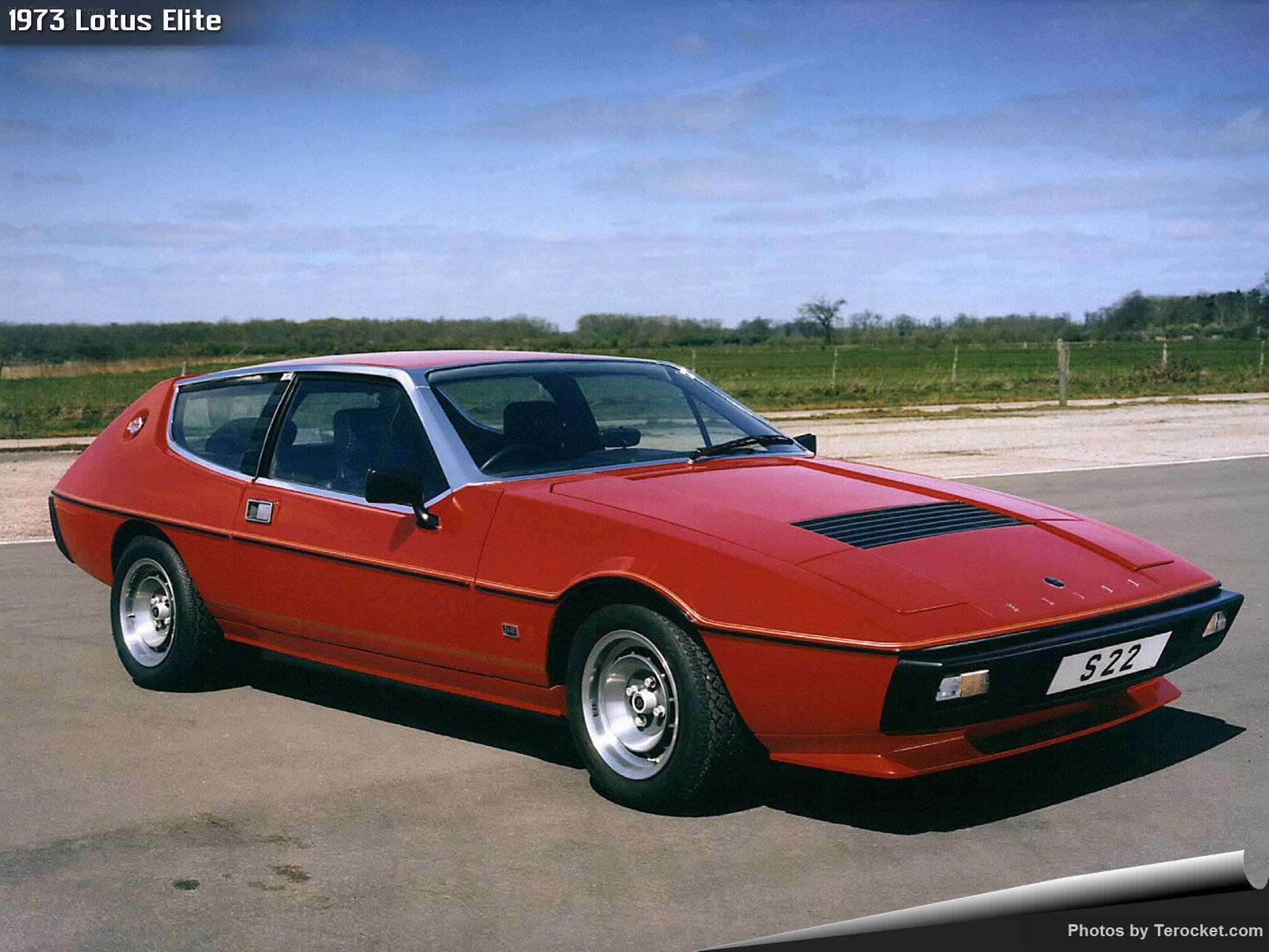 Hình ảnh siêu xe Lotus Elite 1973 & nội ngoại thất