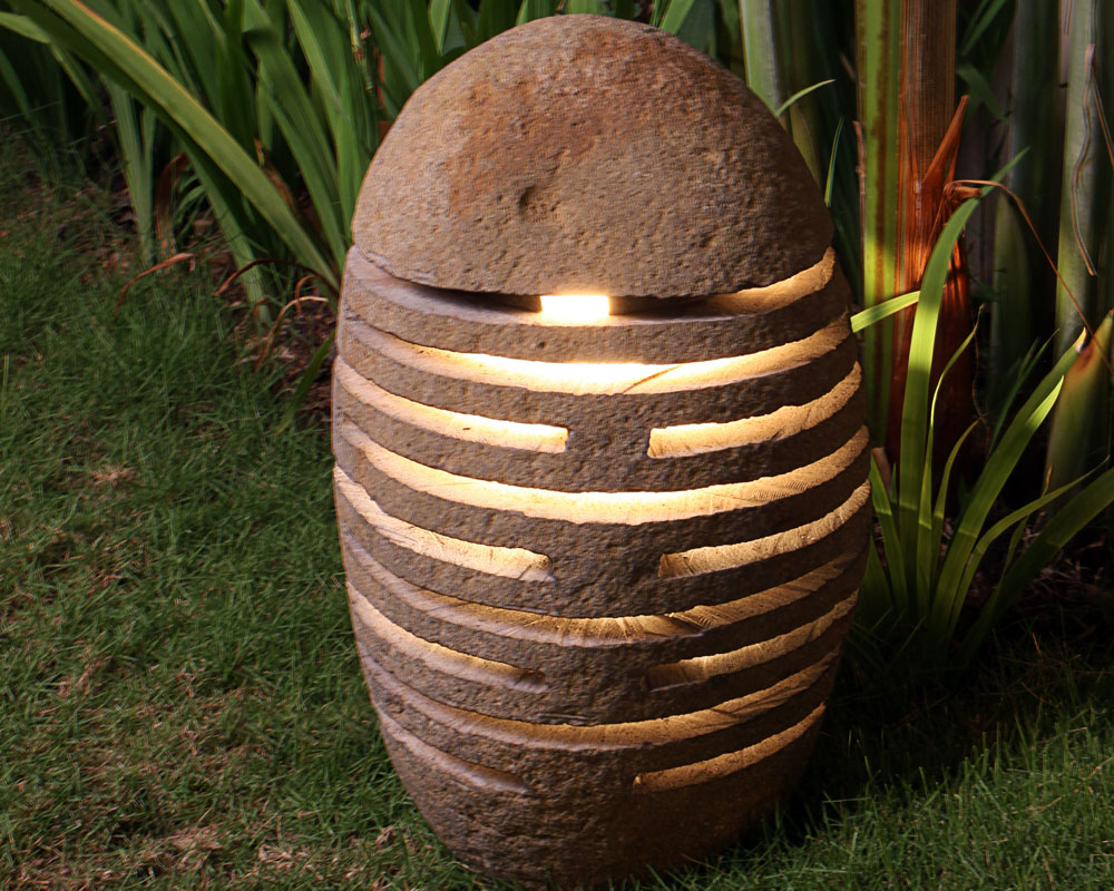 garden lamp stone garten lampe stein lampe de jardin en pierre indonesia natural stone. Black Bedroom Furniture Sets. Home Design Ideas