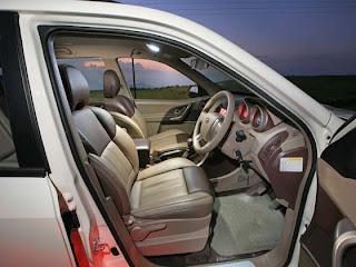 Mahindra XUV 500 front seating