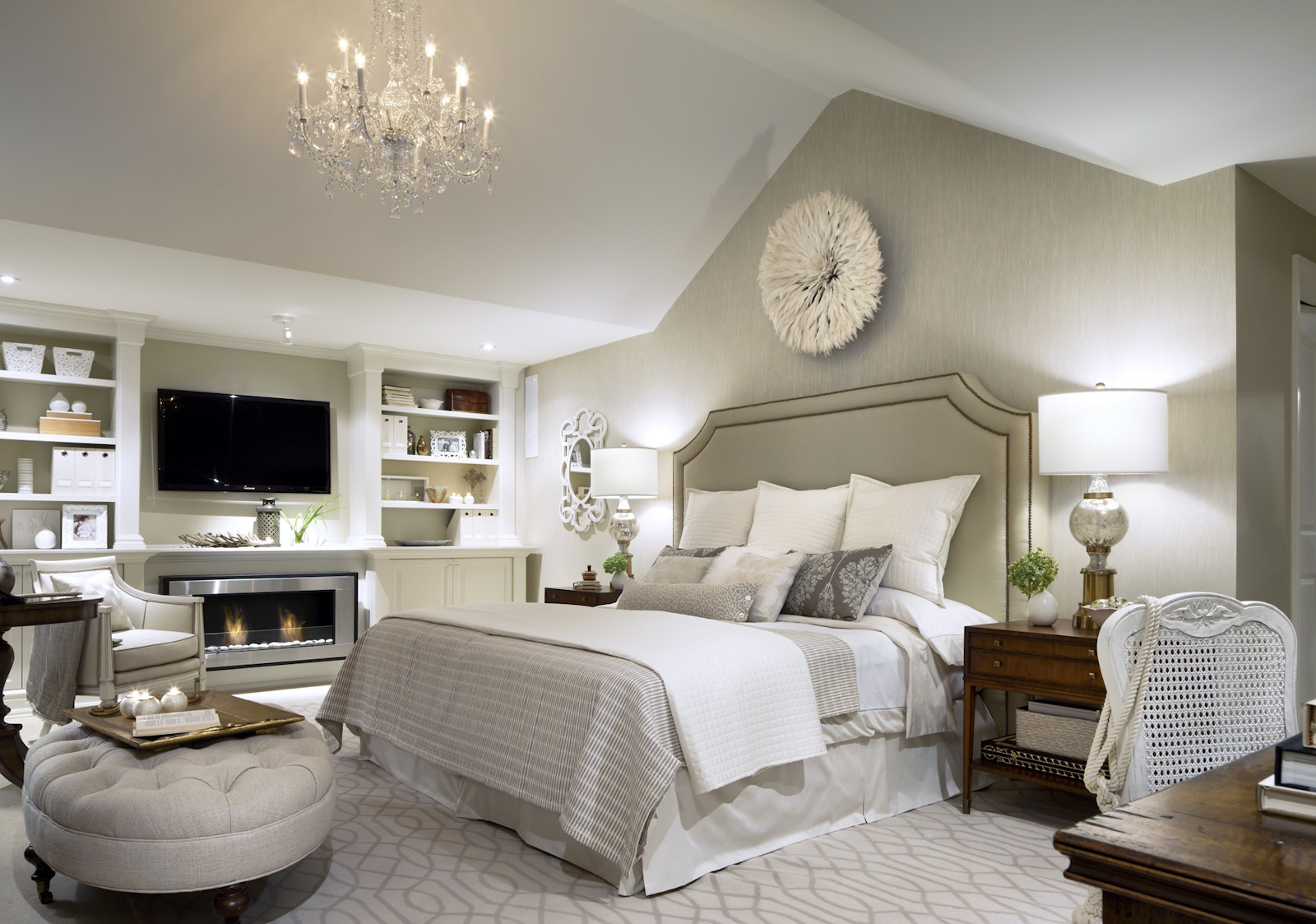 Design by Candice Olson Bedroom 1600 x 1123
