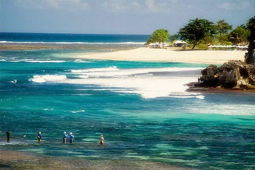 Geger Beach, secret beach, Bali secret beach, exotic beach, holiday in Bali, tour to Bali, island of Gods, paradise
