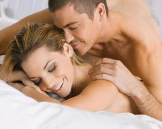 6 Cara Pria Membuat Wanita Cepat Klimaks