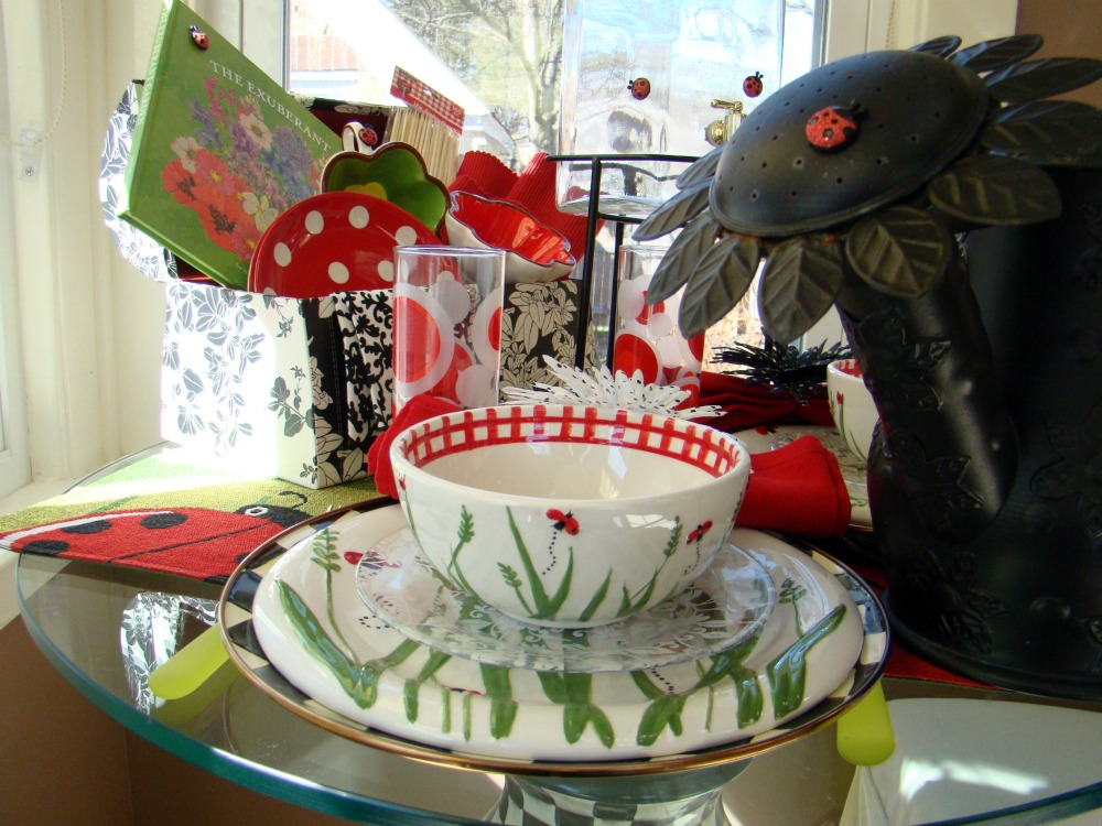 ... black creatures are synonymous with summertime and picnics. That\u0027s where my mind was at today. I used plates and placemats featuring a ladybug design ... & SUNSHINE LADYBUGS CHOCOLATE PIE AND THE GREATEST HEART RUN AND ...