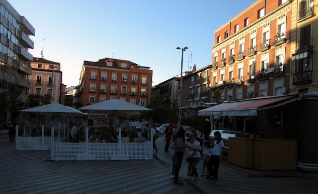 Terrazas en Plaza de la Luna, Malasaña.