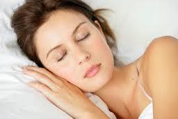 Bahaya Bawa Ponsel ke Tempat Tidur