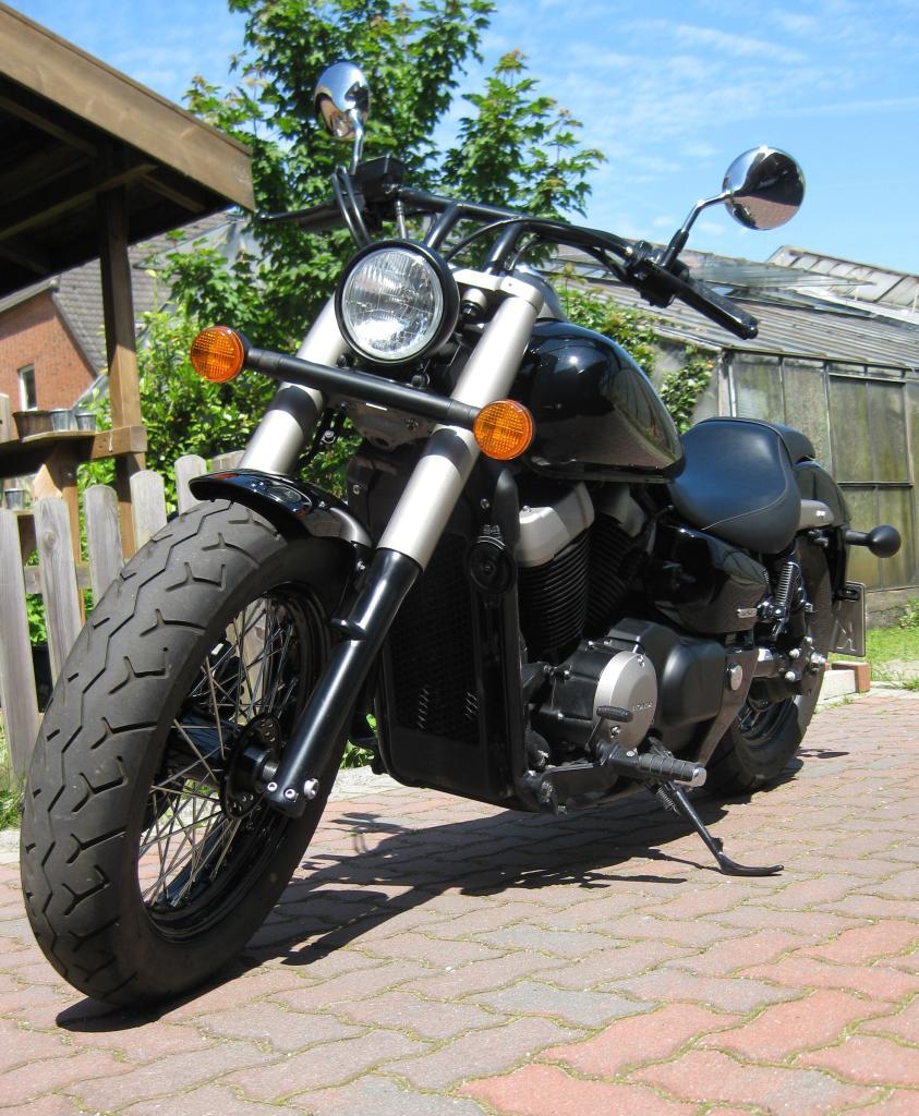 Moto Custom Shadow Black Spirit Pregi E Difetti