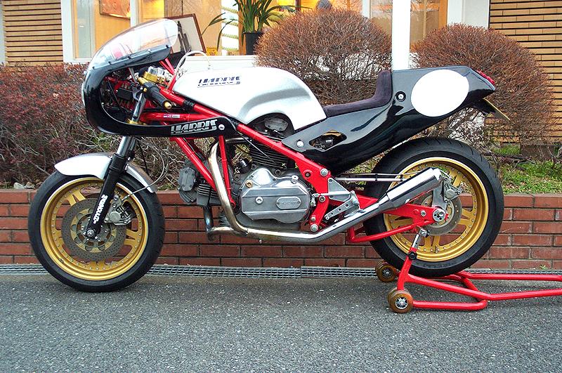 Racing Caf U00e8  Harris Ducati 900 Works Racer