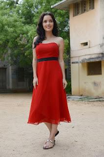 Kristina Akheeva dazzling in red 037.jpg