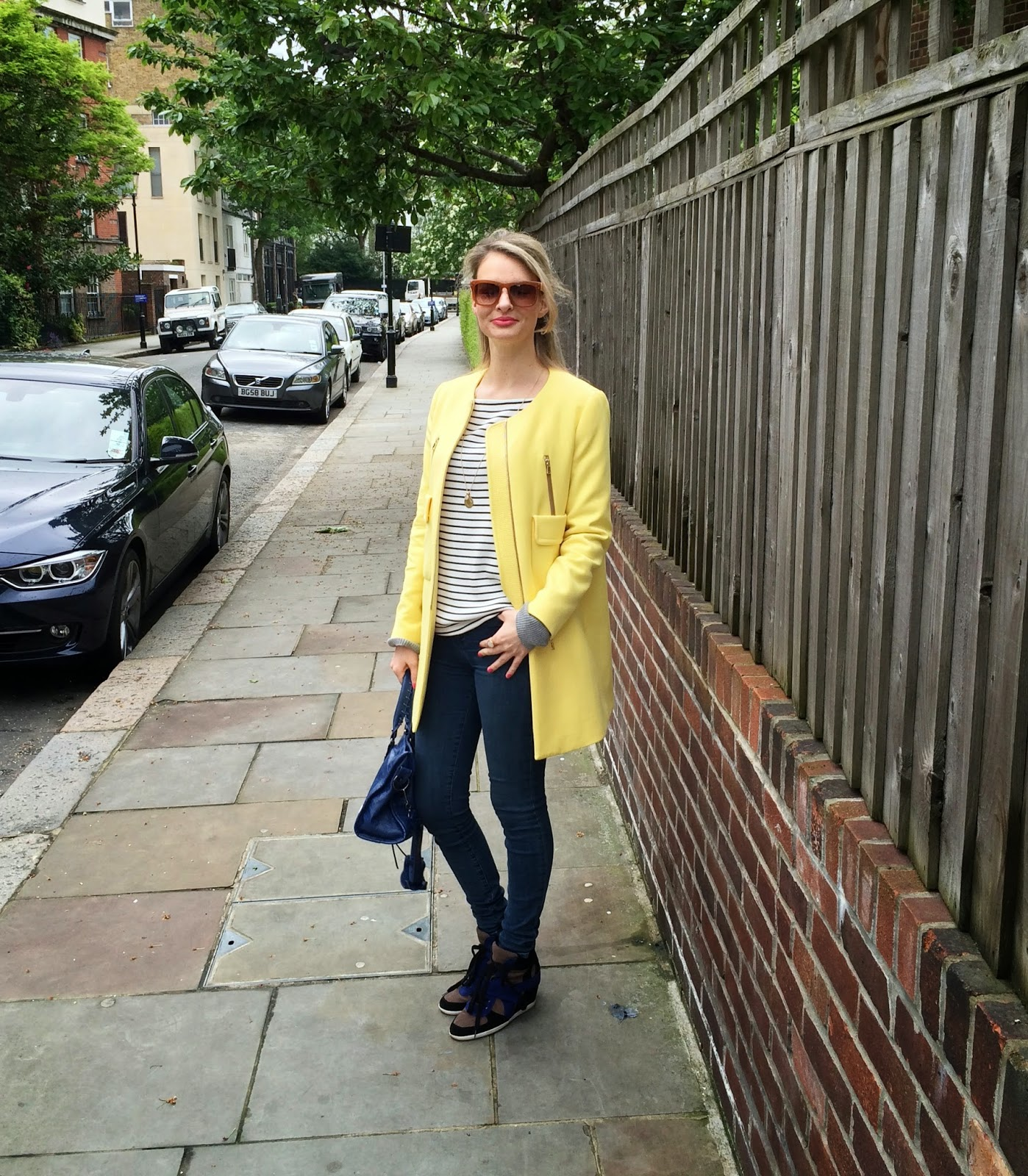 Zara, lookbook, zara coat, zara yellow coat, zara top, zara striped top, j brand, j brand jeans, wedge trainers, ash, ash footwear, ash wedge trainers, zara sunglasses, nude sunglasses, celine sunglasses, chrissabella, fashion blogger, streetstyle, german fashion blogger, modeblogger