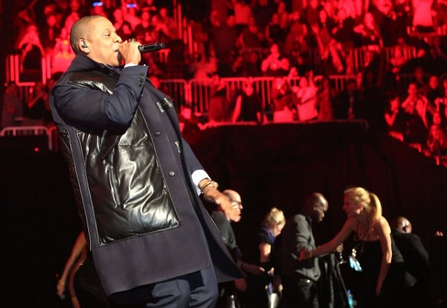 00O00 London Menswear Blog Jay-Z in Lanvin - New Year's Eve concert at Barclays Centre Brooklyn 2013