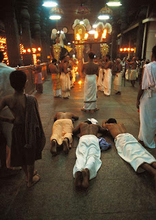 Devoties at Guruvayoor