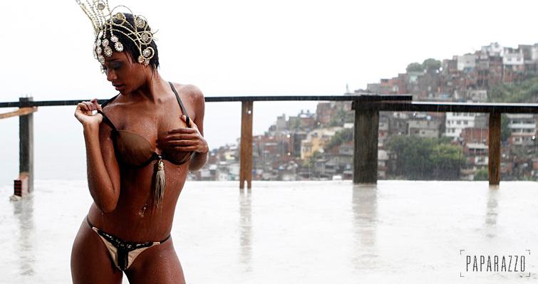 Aline Prado A Globeleza Em Fotos Do Paparazzo