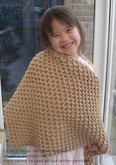 Triangle Shawl Sayjai Amigurumi Crochet Patterns K And J Dolls