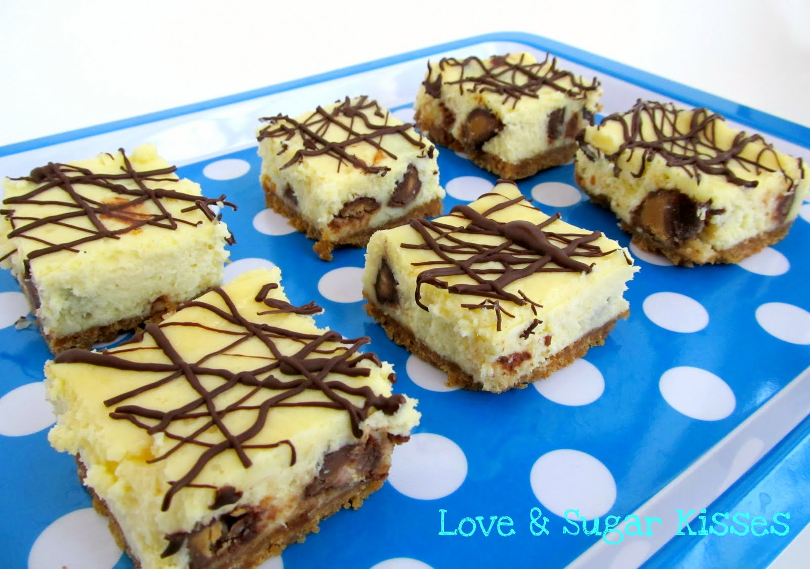 Love & Sugar Kisses: Peanut Butter Cup Cheesecake Bars