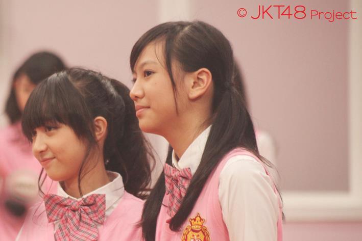 Galeri foto achan JKT48 dan Shania JKT48