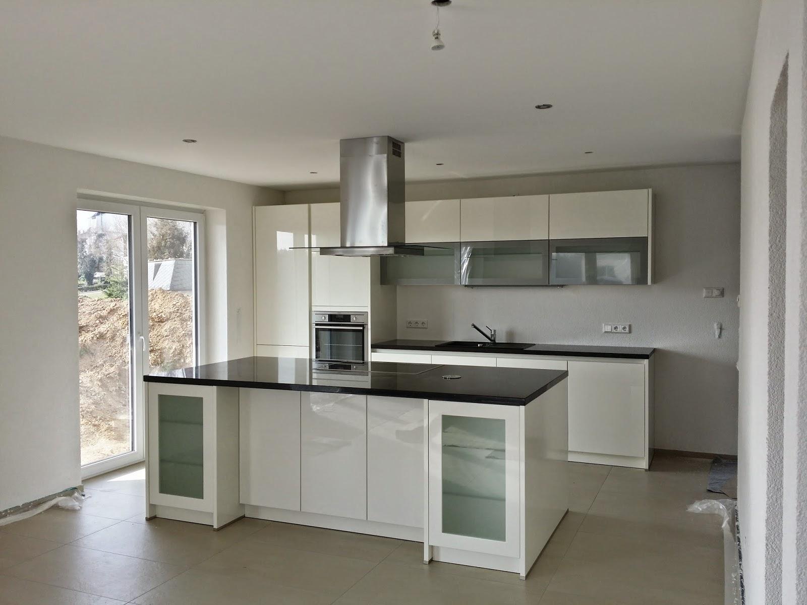 baublog - wir bauen in neesbach: einbau der küche - Küche 3 Meter
