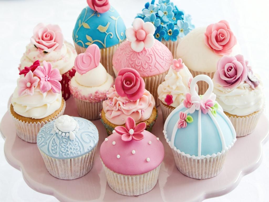 Topic des nouveaux - Page 11 Cupcakes-1