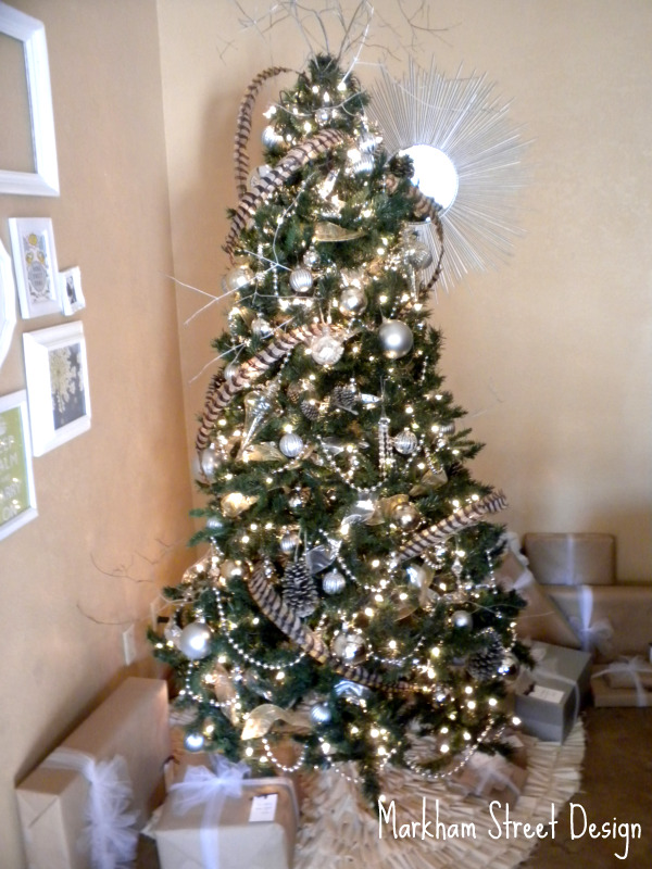 Christmas Tree With Tulle Garland Part - 34: Deck The Halls {O Christmas Tree}