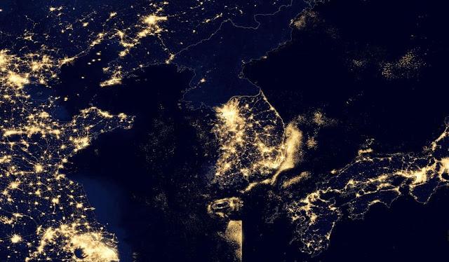 Vista nocturna de la Penínisula Coreana tomada por un satélite