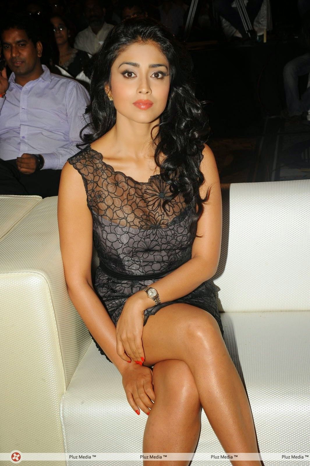 telugu actress crossed legs
