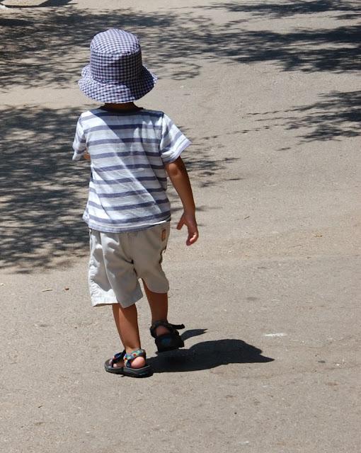 """כובע לילד של גלי מ""""תפור עליי"""""""