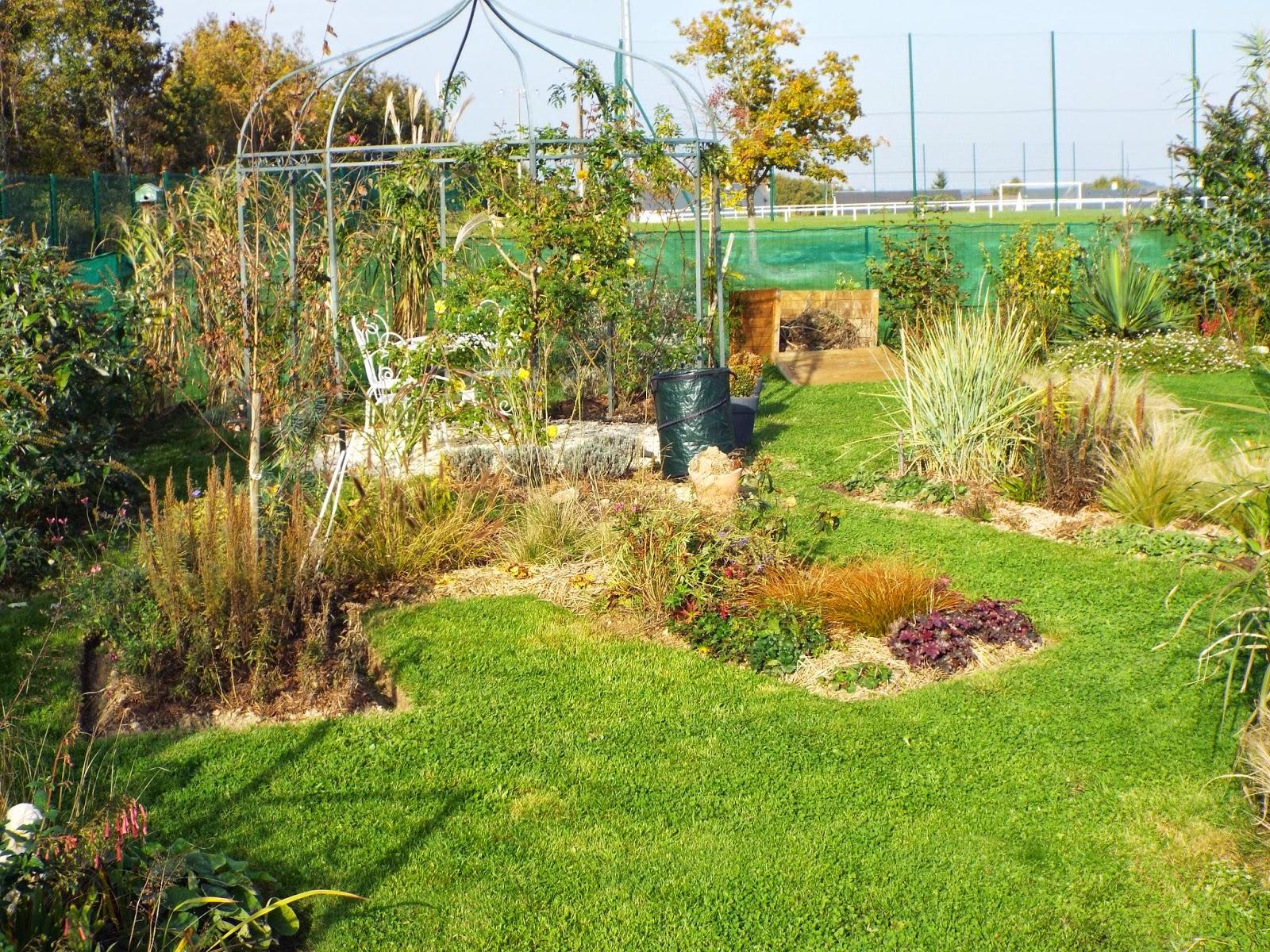 Jardin aux quatre saisons gros nettoyage au jardin - Comment supprimer le liseron au jardin ...