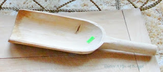 plain wood scoop
