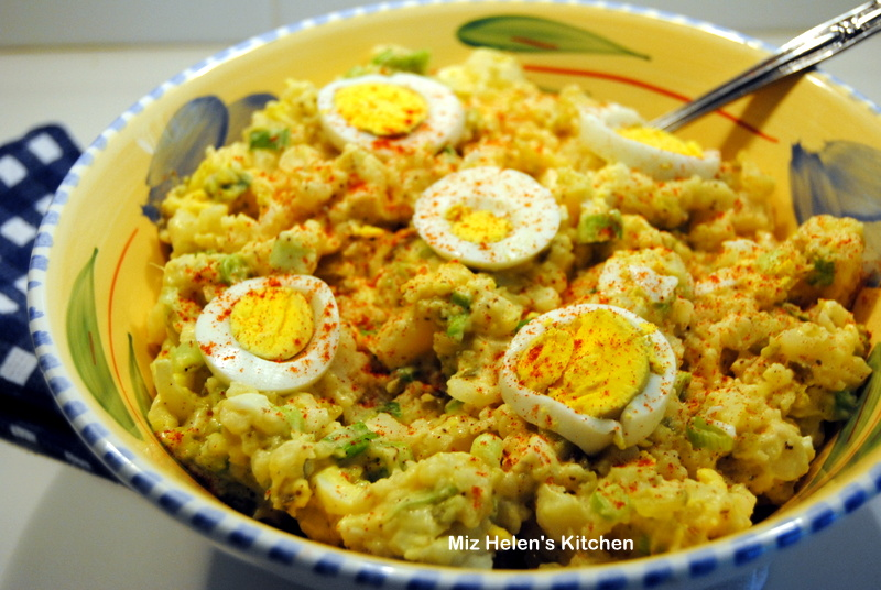 Miz Helen's Country Cottage: Mustard Potato Salad