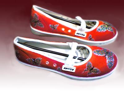 Sepatu Lukis jean 223 Cewek Rp 125 000,sepatu lukis kupu kupu,sepatu lukis modis