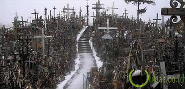 Hill of Crosses, Lithuania Bukit salib di Kryziu Kalnas