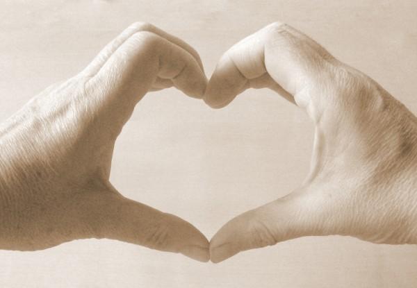 Jimjams - heart hands