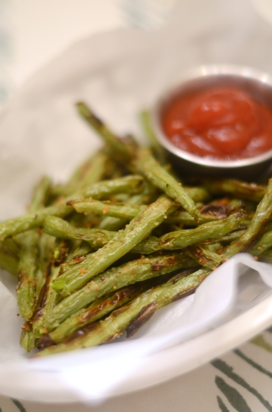 ... green bean fries recept yummly crispy baked parmesan green bean fries