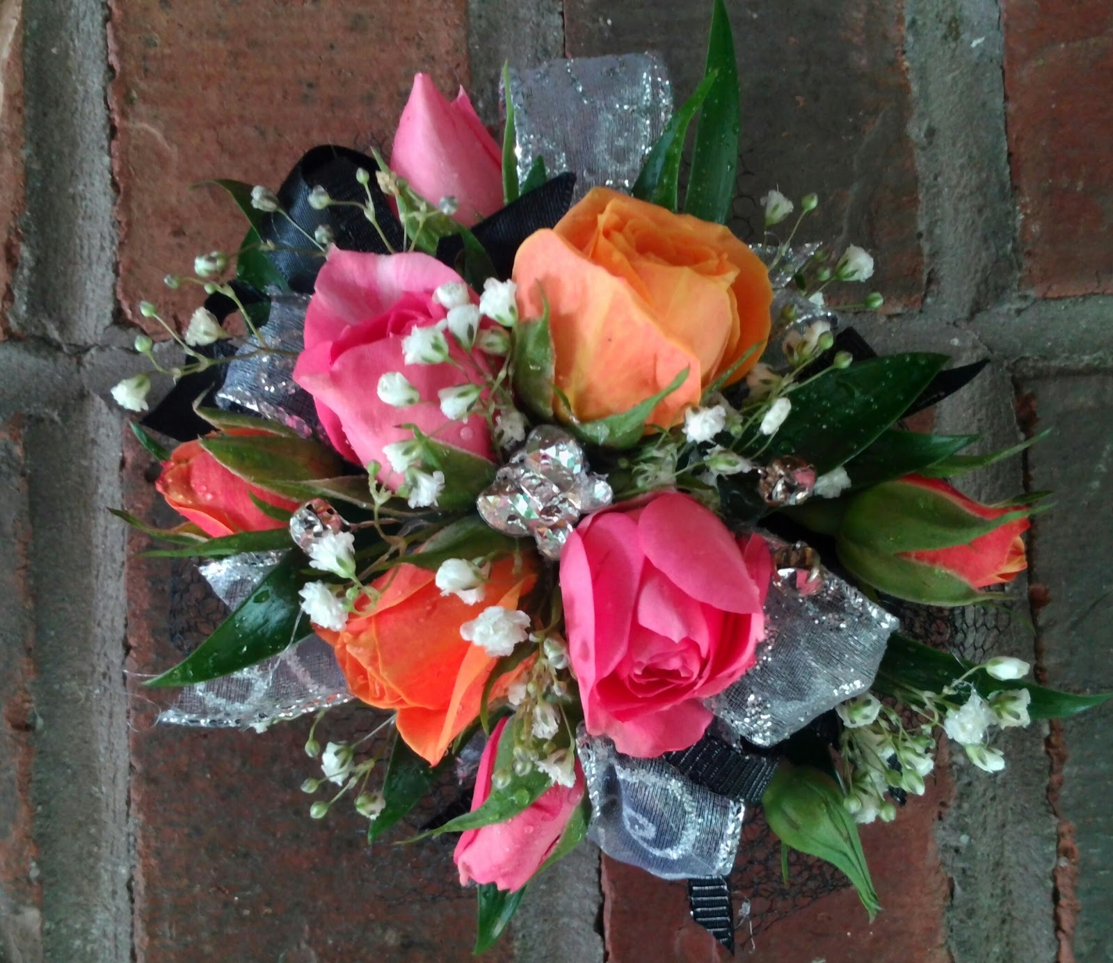 Beckys blossoms prom flowers prom flowers izmirmasajfo