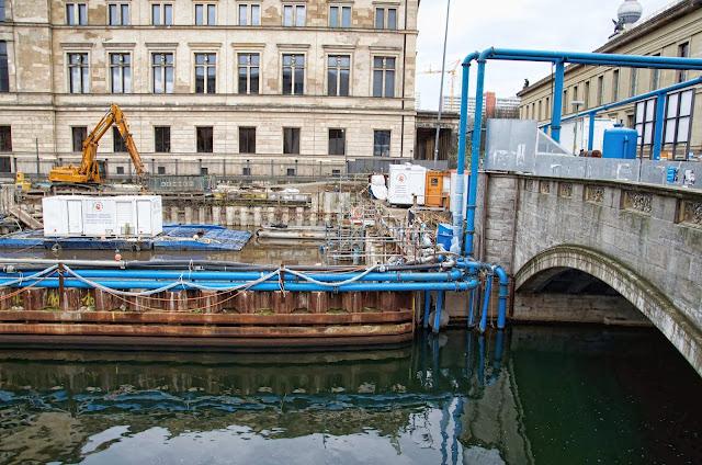 Baustelle Empfangsgebäude für die Museumsinsel, Pergamon Museum, Am Kupfergraben, Bodestraße 1-3, 10178 Berlin, 22.12.2013