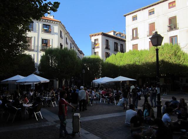 Terrazas en Plaza de San Ildefonso, Malasaña.
