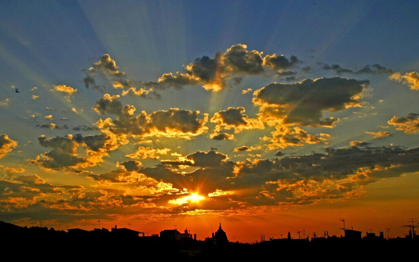 Grimca shpirti, Erjola Kola Sunrise-over-barcelona-3