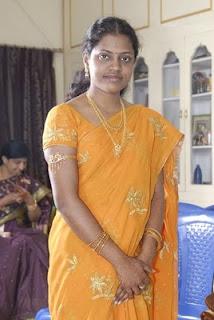 Gulf malayalee wives Kerala